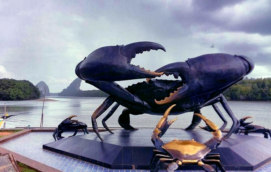 Black crab monument Krabi